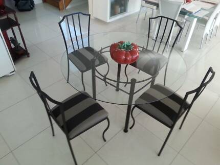 Compact 5 piece Dining Setting (Can deliver GC area) Broadbeach Waters Gold Coast City Preview