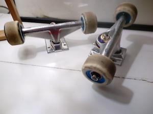 Venture skateboard trucks and wheels
