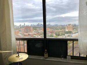 Studio for $1140 all inclusive at Dundas west