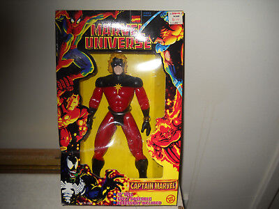 Marvel Universe 10-inch Figures-Captain Marvel vf/nm in box