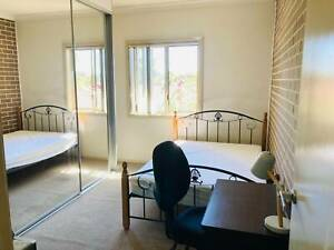 Furnished Room With Private Bathroom for Rent - Toongabbie