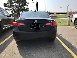 2013 ACURA ILX tech package w/ Navigation