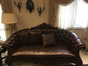 3pc leather quilted sofa, love seat and single.