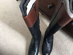 Genuine leather Blondo boots size 11 (New)