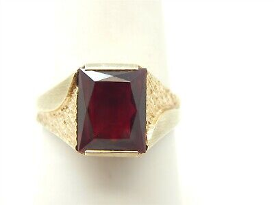 Created Ruby Solitaire (VINTAGE 10K YELLOW GOLD EMERALD CUT 3 CARAT CREATED RUBY SOLITAIRE RING SZ)