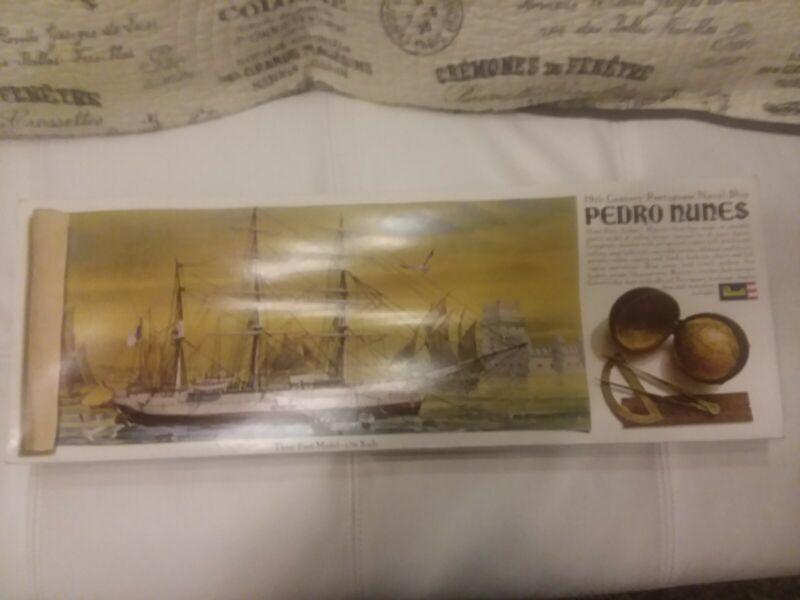 Hard to find 3 feet long 1967 vintage REVELL KIT: PEDRO NUNES 1800