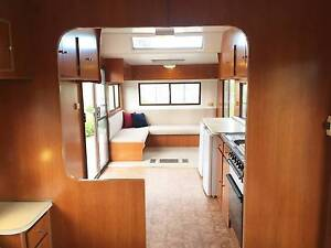 1990 Executive Styline Deluxe with shower aircond/heating caravan Hillside Melton Area Preview