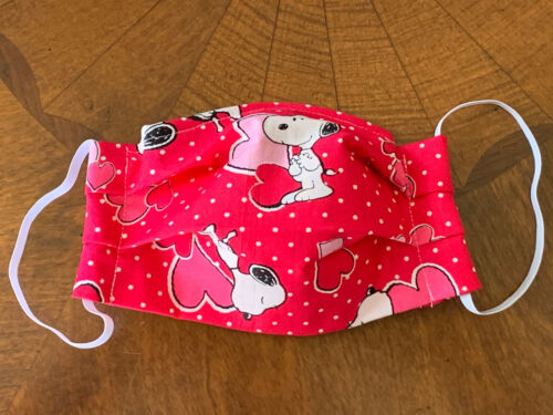 KIDS/SMALL Snoopy Hot Pink Hearts & Dots Face Mask Filter Pocket Nose Wire