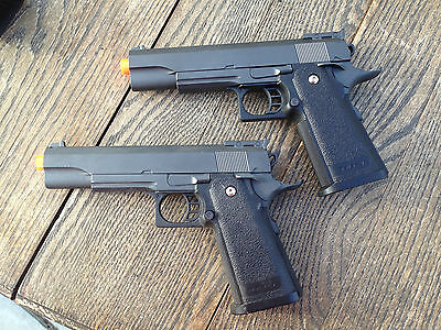 2 Airsoft guns Halloween movie costume prop 2 metal G6  w/o magazine  clips - Halloween 2 Movie Clips