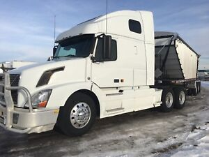 2007 Volvo 670 with 1999 loaded king aluminum super b