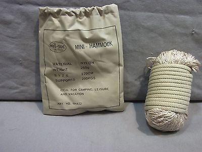 Hängematte Mini- 220 cm lang bis 250 kg belastbar Gewicht 250 Gramm Khaki Neu