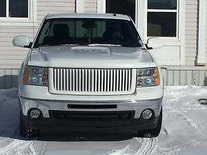 Looking to rent a bay for a month to work on my pick up