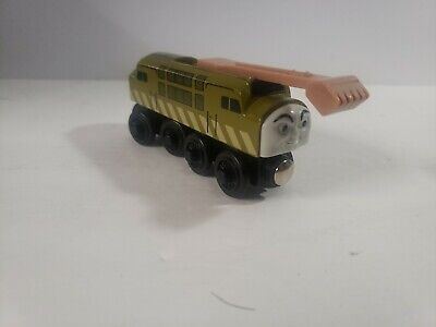 Thomas The Train Wood & Friends DIESEL 10 - green w/ sliding claw