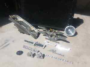 Holden and ford badges miscellaneous parts Warnbro Rockingham Area Preview