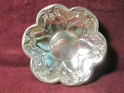 "1 F. B. Rogers Sterling NUT OR CANDY DISH  3 3/16"" x 5/16"" #230 28g"