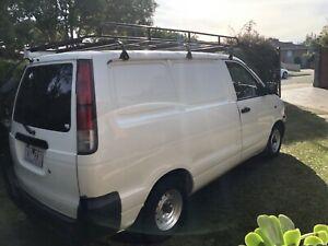2001 Toyota Townace Sbv 5 Sp Manual 4d Blind Van