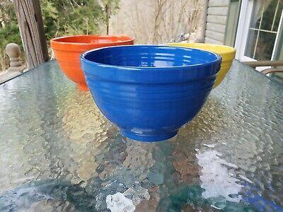 Medium Nesting Bowl (vintage style 4 QT medium baking NESTING mixing BOWL FIESTA lapis blue)