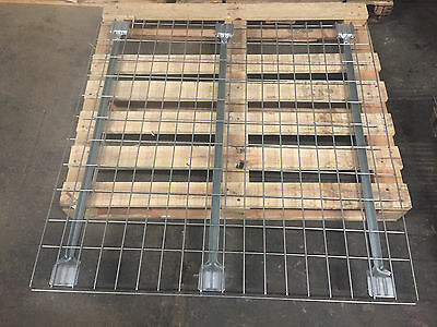 New 48x46 Wire Mesh Decking Waterfall Wire Deck Flared