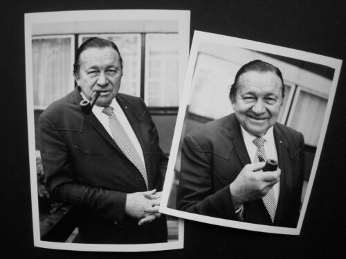 "Tex Ritter in London- 2 x Original UK 1970 Press Agency Photo 6.5 x 4 & 5 x 4"" 1"
