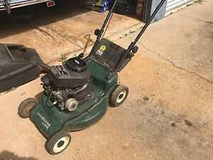Victa lawn mower (for parts) Wanguri Darwin City Preview