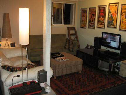 210 p/w furnished King room in funky space in Wickham Wickham Newcastle Area Preview