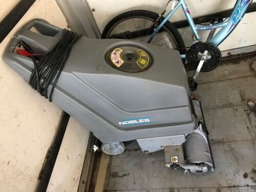 WALK BEHIND COMMERCIAL INDUSTRIAL NOBLES SPEED FLOOR SRUBBER CLEANER DRY170E