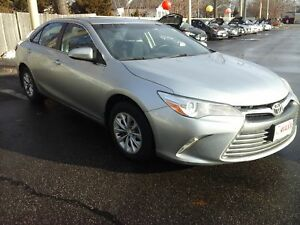 2016 TOYOTA CAMRY LE- REAR VIEW CAMERA, BLUETOOTH, SPEED CONTROL