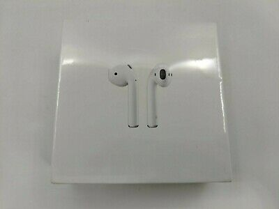 New Apple AirPods 1st Generation with Charging Case MMEF2AM/A -J5586