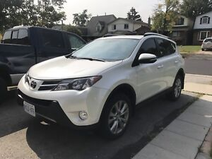 Toyota RAV4 Limited NAV, Bluetooth, brand new tires