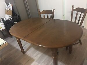 Extended hard wood dinning set from 4 to 6 seats Warragamba Wollondilly Area Preview