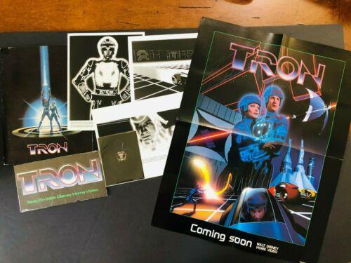Tron (1982) - Original Movie Press Kit w/Photos, Envelope, Puzzle, Poster, Neg.
