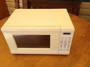 Microwave Oven Holsworthy Campbelltown Area Preview