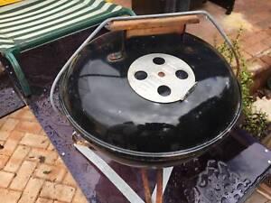 Weber Smokey Joe Table.Old Smokey Joe Table Top Weber Bbq Gumtree Australia Gosnells