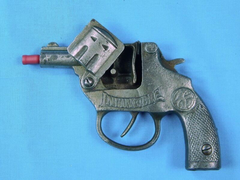 Antique US Kilgore 1935 Invincible Toy Cap Gun Pistol Western Cowboy