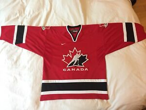 BRAND NEW MENS LARGE TEAM CANADA ICE HOCKEY JERSEY NIKE RED