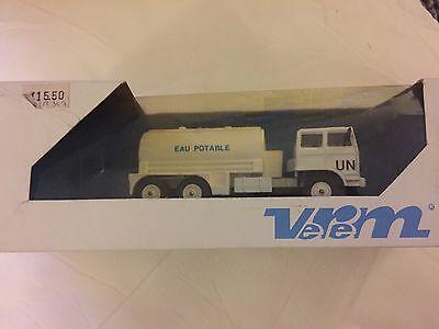 VEREM Force De La Paix .Renault Citerne. Vtl 290 REF369