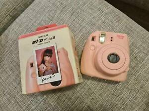 Polaroid Instax Mini 8 - Pink unused in box