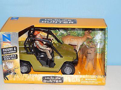 New-Ray Wildlife Hunter Figure & Wild Animals - Deer
