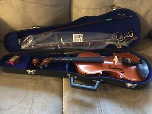 3/4 size Jin Yin violin comes with brand new bow