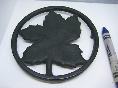 Maple Leaf Cast Iron Round Kitchen Trivet, 1940's Ober-like design