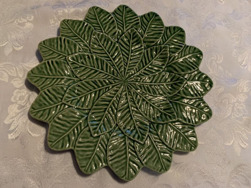 "Bordallo Pinheiro Portugal Pottery Green Lemon Leaf Plate Platter Charger 13"""