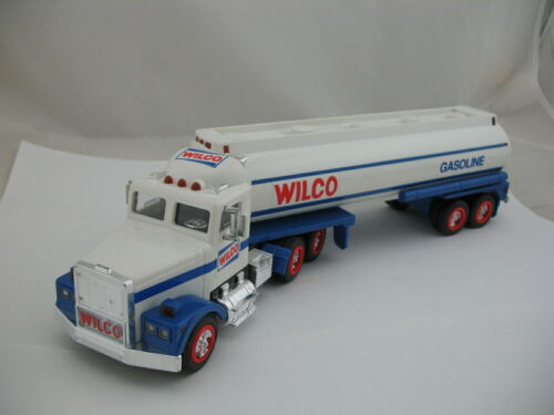Wilco Gasoline 1991 Toy Tanker Truck (same as Hess 1990), with Box