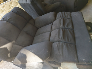 3 seated + 2x single seater reclining couches Fig Tree Pocket Brisbane North West Preview