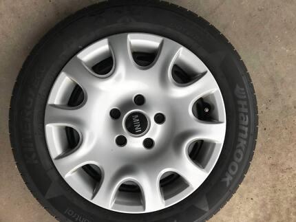 Hankook 175/65 R15 Wheel & Tyres Mini x 4