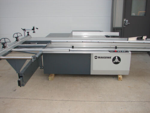 """*READ* New Maksiwa Sliding Panel Table Saw 126"""" with Tilting Blade  *READ*"""