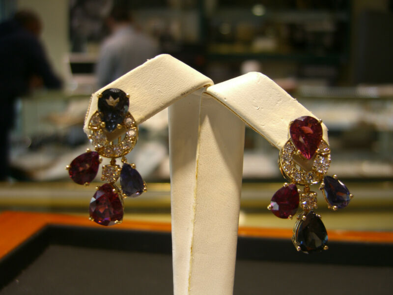 Fine Womens Earrings Diamond,turmaline,sapphire,pink Topaz 18 Karat Yellow Gold
