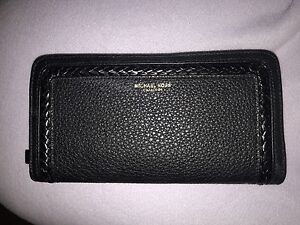 Michael Kors Collection Wallet