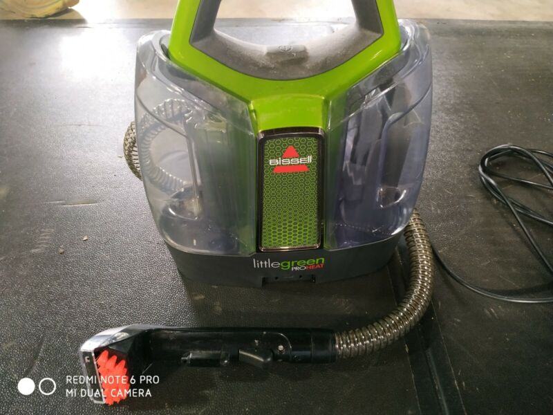BISSELL 5207G Little Green ProHeat Portable Upholstery and Carpet Cleaner (READ)