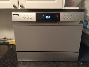 Countertop Dishwasher! Bought in 6 months ago!Like new!