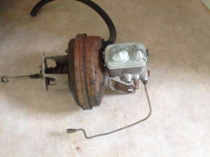 Chrysler Valiant Brake Booster and Master Cylinder Cowra Cowra Area Preview